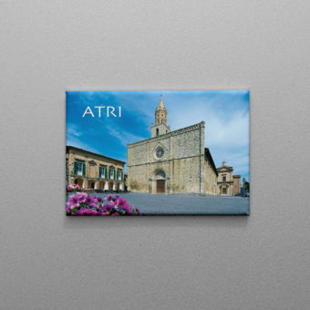 Calamita di Atri con la Piazza Duomo